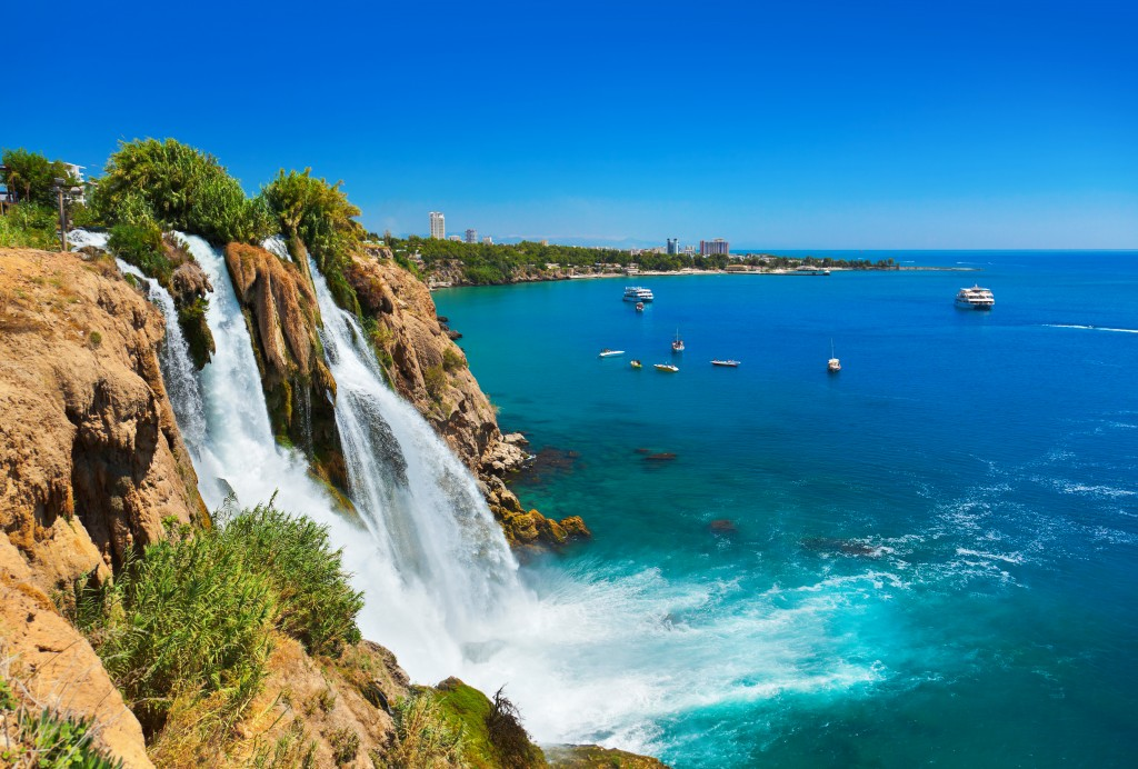shutterstock_93355108_Turkey_antalya_waterfall_RF_68171_68502