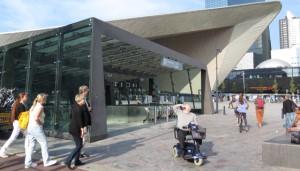 2014_Rotterdamin_aseman_pyoraparkin_sisaankaynti_560x320